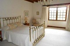 Master Bedroom - 5.5m x 5m