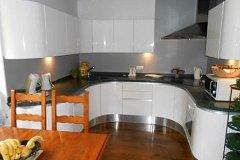 Italian kitchen (fitted) - 4m x 5m