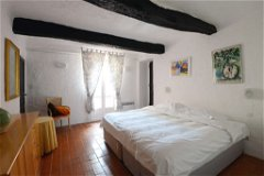 Apartment 1 - double bedroom with en-suite