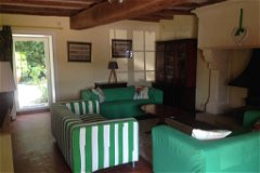 Les Boulins (sleeps 10) Salon