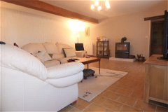 Sitting room with wood burner 33.5m²