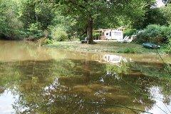 Jungle Lake + caravan
