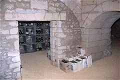wine cellar with delivery