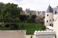 Maison Aubelle and M-B's roofs