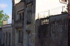 facade downhill
