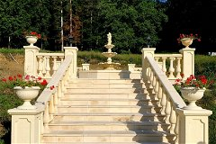 Fountain stairs