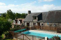 Chalet & pool