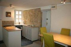 Apartment C kitchen diner