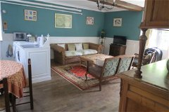 left from entrance family room/apartment