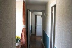 first floor landing outside bedroom 2