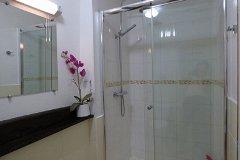 Renoir Shower Room
