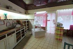 Shop space (ground floor)
