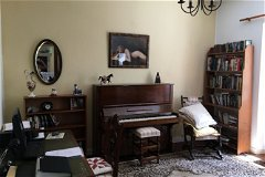 Bedroom/ PetitSalon
