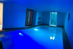 Indoor pool Ja
