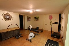 Gym room (basement)