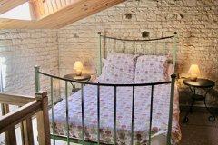 Gîte double bedroom