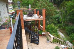 Balcony & terrace