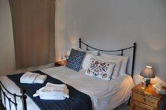 Villa Chêne - bedroom 2 upstairs