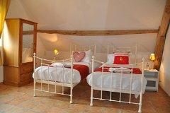 Villa Peuplier - bedroom 3 upstairs