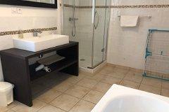 Villa Bouleau - Bathroom downstairs