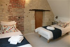 Villa Bouleau - twin bedroom upstairs