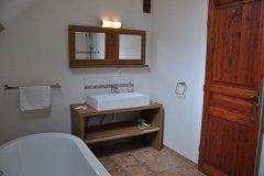 Villa Peuplier - bathroom upstairs