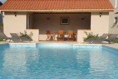 23 m2 Pool house