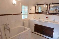 Master en-suite bath and shower