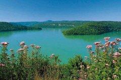Lac de Vouglans near