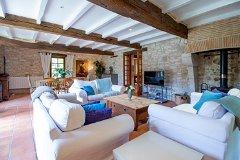 Farmhouse Lounge