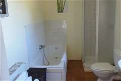 Pigeonnier Bathroom