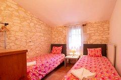 Chai twin bed room