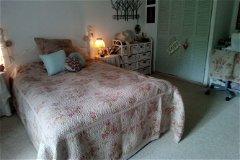 farm house bedroom1