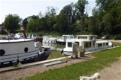 canal boats in the village Chatillon en Bazois