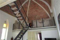 Mezzanine access