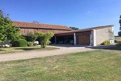 Garage & Open barn