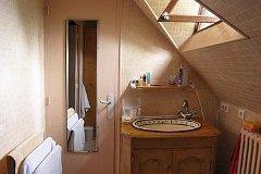 Bedroom 1, en-suite