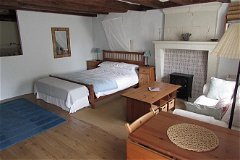 G1 - Bedroom area