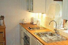 G1 - Kitchen area
