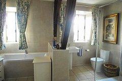 Bathroom/WC (2)