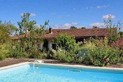 Plunge pool & House