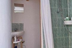 G - Bedroom 1 en-suite