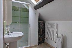 G2 - Bedrom 2, en-suite shower room