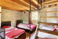 Pigeonnier bedroom 1