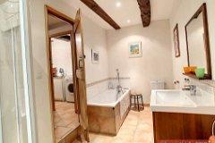 Cottage 1 Bed 2 bathroom