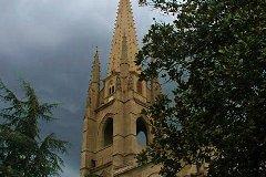 Quiet Neighbor - Église Notre-Dame