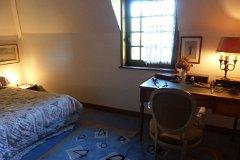Bedroom 3rd in tower 2nd floor