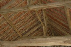 Stone barn solid oak roof frame w/ excellent roof