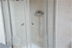 Showers separate in bathrooms with low water consumption heads