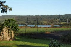 tennis court with views on Elorn River